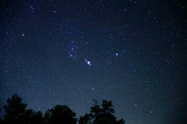 2014 10 21 181719 600x400 オリオン座流星群2014を札幌で見頃の時間帯と天気について!